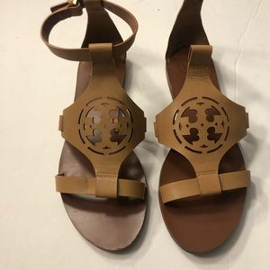 Tan Tory Burch sandals size 7M